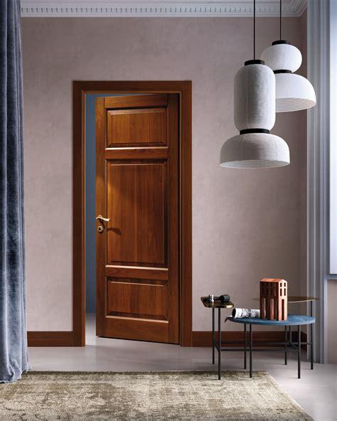 porte in legno massiccio porte in legno massiccio classica
