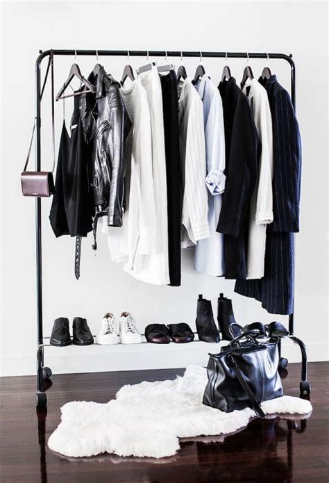 Minimalist Closet by 34 Stylish Minimalist Closet Design Ideas Digsdigs