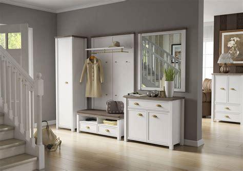 weisse holzstühle günstig skandinavisch schlafzimmer