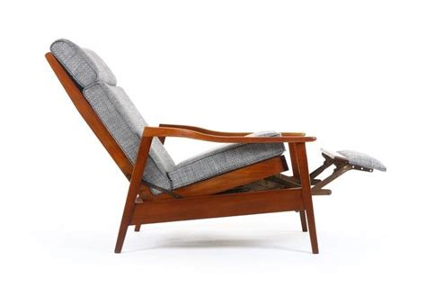 Retro Recliner by 1000 Ideas About Recliners On Classic Home