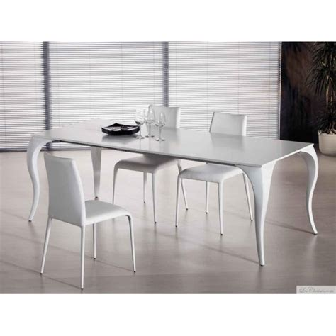 table design en verre noir bond et tables en verre design