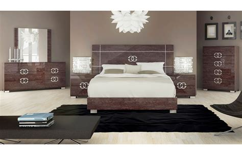 modern bed sets queen emejing modern queen bedroom sets images home design