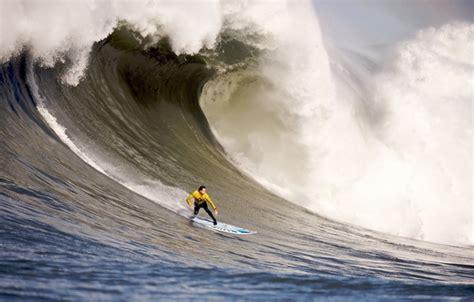 athlete hurricane wallpaper athlete tornado hurricane gale