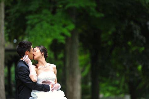 Backyard Wedding Cast And Crew Burlington Oakville Toronto Wedding Videography
