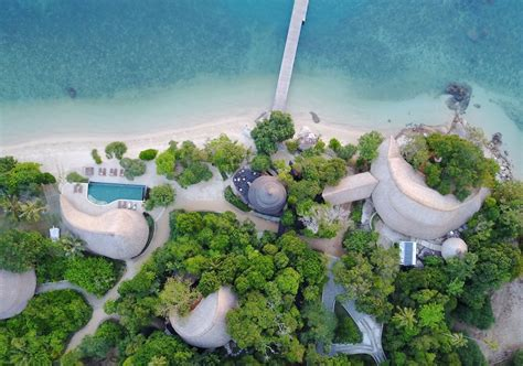 escape to 5 islands near singapore without a flight