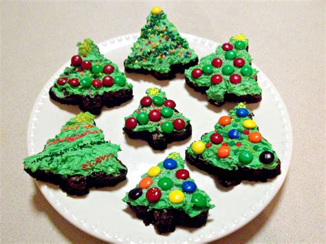 christmas tree brownies with buttercream frosting love