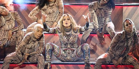 Awesome Kong Wardrobe by Performs Amazing 2015 Mash Up At Amas But Dancer Is Left Faced After