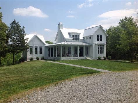 farmhouse and inspiring dream house design with modern farmhouse ideas