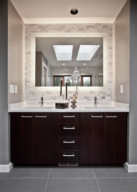 bathroom mirror ideas pinterest brilliant bathroom mirror ideas for a small bathroom 25