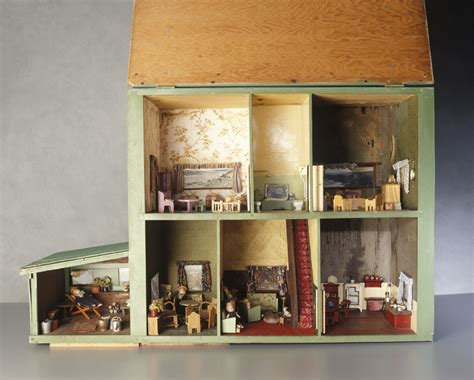 Dolls Houses Old New And Making Do Inside The Collection