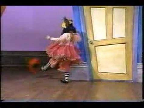 The Big Comfy Couch Dance Academy Youtube