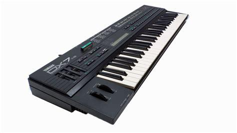 Keyboard Yamaha Dx7 yamaha dx7 ii d synthesizer keyboard with dx7s