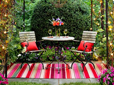 garden retreats ideas 3 unfurl a rug 13 ideas for creating garden retreats