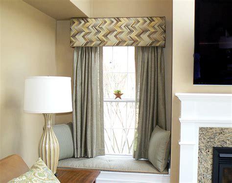 Ideas For Curtain Pelmets Decor Curtain Pelmet Designs And Ideas For The Windows