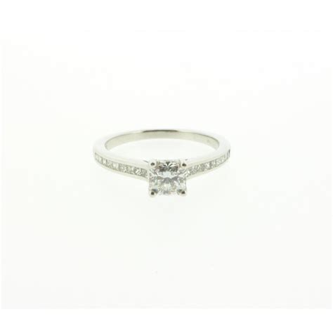 canadian rocks 18ct white gold ideal square ring