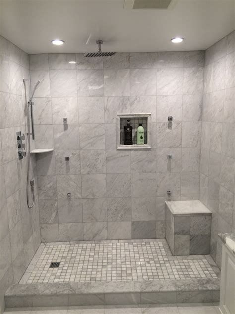 Small Bathroom Ideas With Walk In Shower by Avm Homes Bathroom Remodeling Showers Soaker Tub