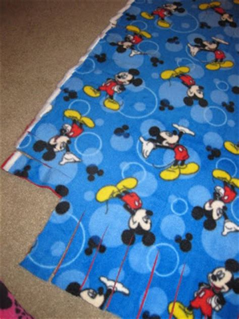 Directions For Fleece Tie Blanket by On How To Make A Fleece Blanket