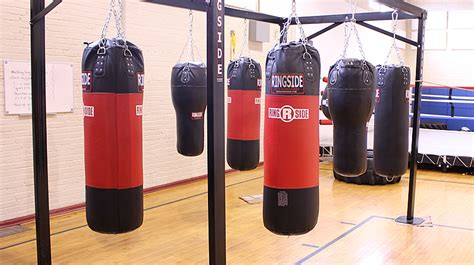 how to hang a punching bag from the ceiling top 10 best heavy punching bags practice combos power