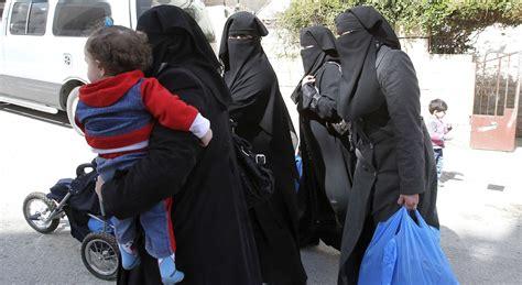 Islam Bajo as 237 ve estado isl 225 mico a la mujer debe casarse a partir de los 9 a 241 os libertad digital