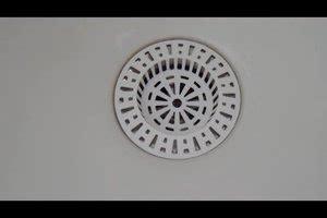 Balkonfliesen Reinigen Hausmittel by Abfluss Mit Haaren Verstopft So Entfernen Sie Sie