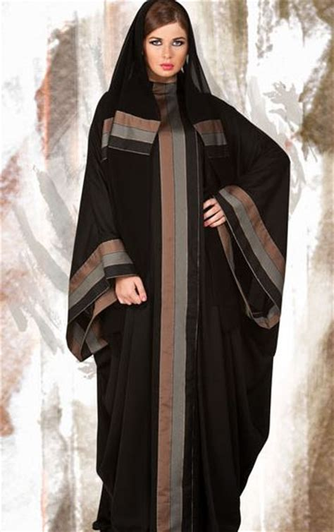 Jalabia Cardigan sleeve cardigan and maxi dresses on