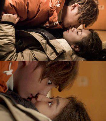 Park Shin Hye Kartun park shin hye dan yoon shi yoon ciuman pernakpernikbagusoke