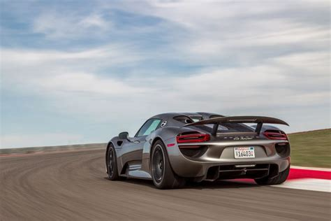 Porsche 918 Fuel Economy by Turns Out Consumers Aren T Really Buying Hybrids For Fuel