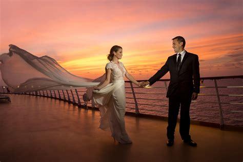 Wedding Honeymoon by 10 Tips For A Honeymoon Cruise Royal Caribbean