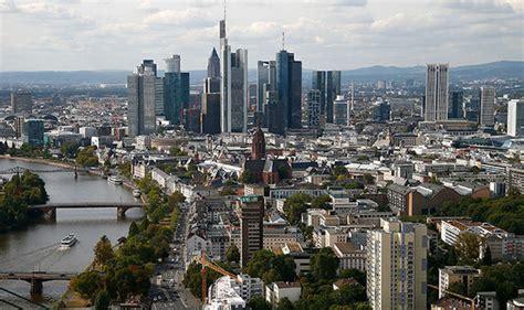 standard chartered bank frankfurt uk bank standard chartered plans frankfurt move