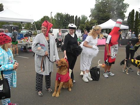 and human costumes the 2012 huff and ruff walk run 1 800 petmeds cares