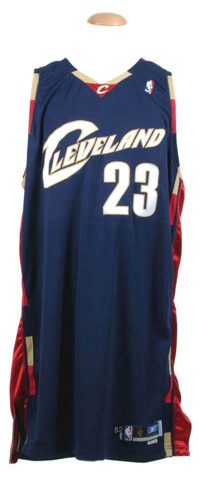 cavaliers new year jersey robert edward auctions 2005 06 lebron cleveland