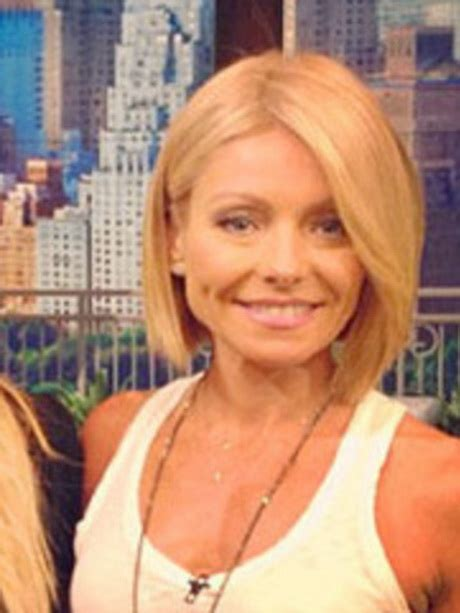 how do they curl kelly rippas hair how do they get kelly ripa hairstyle wavy
