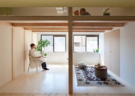 japanese style studio apartment interiors note the use of sinato adds space for three to the fujigaoka t apartment