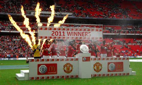 United Wembley 2011 soccer fa community shield manchester city v manchester united wembley stadium 187 who ate