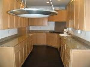 Maple Kitchen Cabinets With Granite Countertops Maple Kitchen Cabinet With Granite Countertops In
