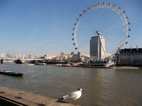file westminster bridge river thames london england jpg file london westminster river thames and london eye