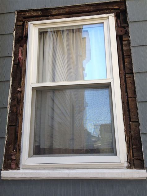 how to paint exterior window trim 25 best ideas about exterior window trims on