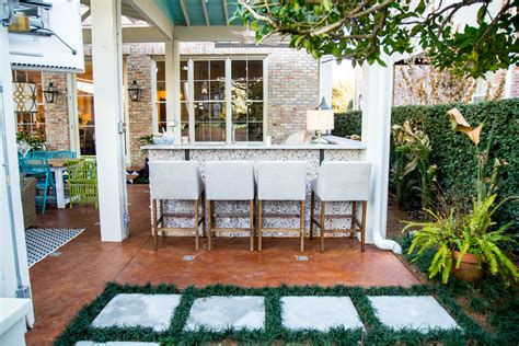 Small Home Must Haves 7 Patio Must Haves For Summer Entertaining