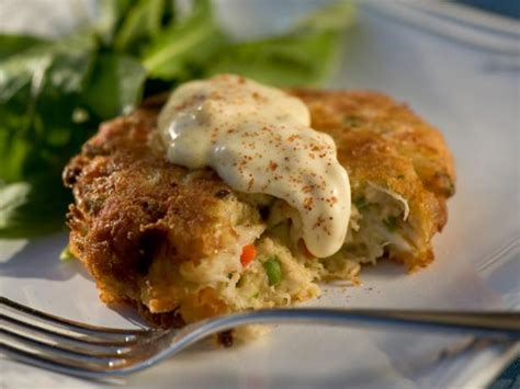 easy crab cake recipe crab cakes recipe paula deen food network