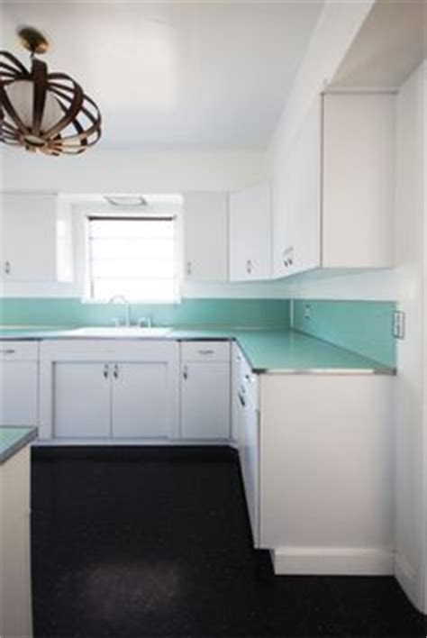 Linoleum Kitchen Countertops Countertop The Edge Of Many Early 50 S Counters Were Metal Rimmed