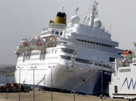 boat crash europe costa europa cruise liner crash kills 3 of crew ny daily