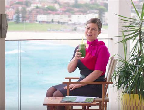 airbnb qantas airbnb makes world first partnership with qantas travel