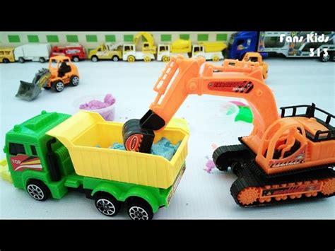 excavator mainan dan mobil kontainer mainan pengangkut tanah