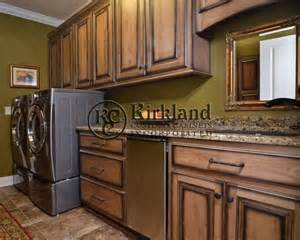 Glazing Stained Kitchen Cabinets Cabinet Stains And Finishes Laundry Room Cabinets Maple
