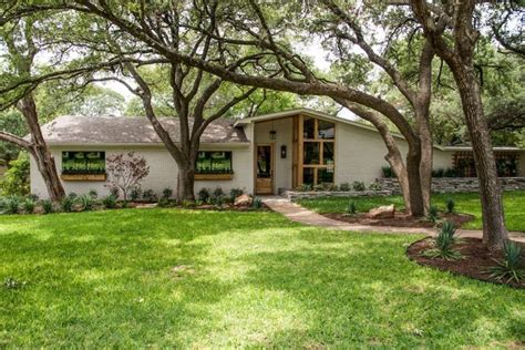 joanna gaines house pictures fixer upper midcentury quot 608 best magnolia homes fixer upper images on pinterest