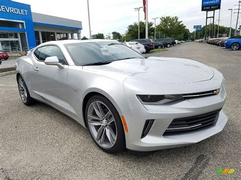 silver and black camaro 2017 silver metallic chevrolet camaro lt coupe