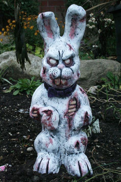 zombie garden gnomes   perfect
