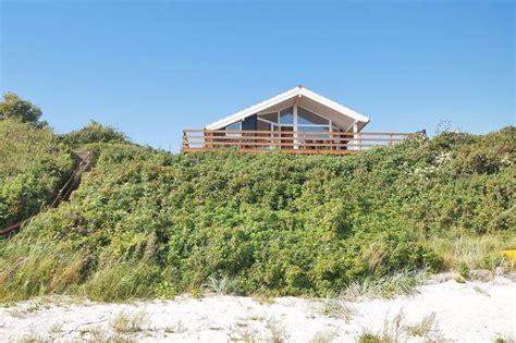 haus am strand kaufen herrlich gelegenes strandhaus auf f 252 nen daenemark reisen