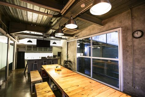 dapur umum bagi pekerja memasak minum kopi imural art space meaning