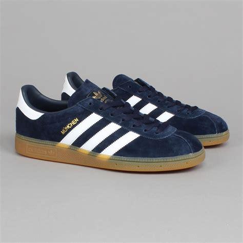 Adidas Nevy adidas m 252 nchen navy white adidas originals terrace